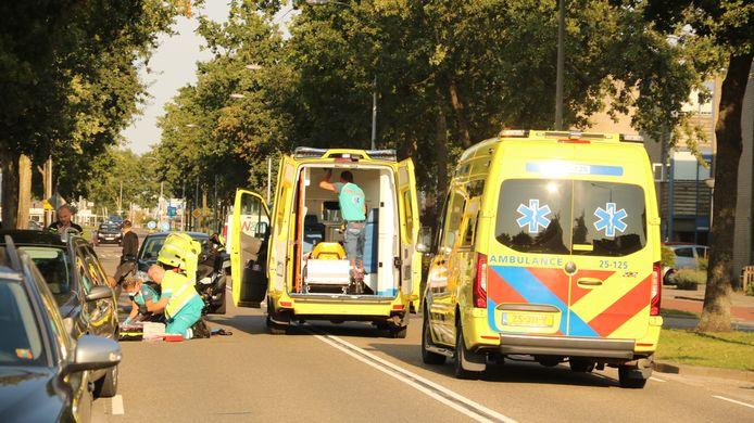Aan de Havikskruid in Zeewolde is een 6-jarig meisje geschept door een personenauto. Ambulancepersoneel bood direct hulp.