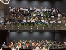 D66-voorzitter Oss hekelt herrie op tribune in raadszaal: 'Ze moeten hun bek houden'