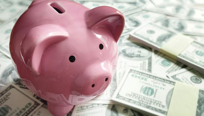 Les ménages remboursent en moyenne 1.058 euros par mois
