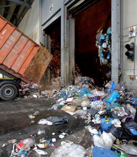 Bakken kritiek op nieuw afvalbeleid Dordt: 'Restafval eens per vier weken ophalen is ronduit smerig'