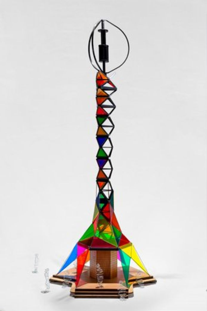 Een schaalmodel van de windmolen.