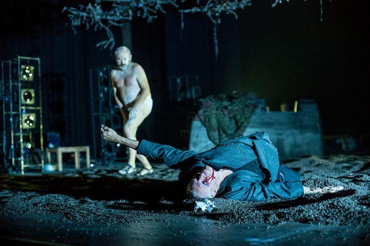 King Lear  vanToneelgroep Maastricht. Beeld foto Ben van Duin