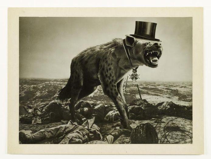 John Heartfield, Krieg und Leichen – Die letzte Hoffnung der Reichen (War and Corpses – The Last Hope of the Rich), 1932