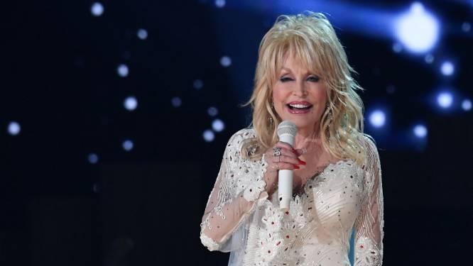 Dolly Parton voor de tweede keer gevaccineerd met 'haar' vaccin