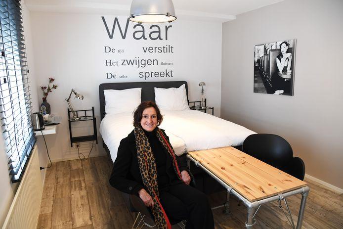 """Het valt Yvonne de Koning uit Zundert zwaar dat haar bed and breakfast van de één op de andere dag stilvalt. ,,Dit is niet goed voor mijn gezondheid."""""""