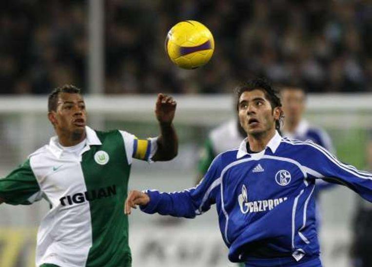 Marcelinho in duel met Altintop Beeld UNKNOWN
