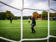 Géén gedwongen fusie voor voetbalclubs, zegt wethouder: 'Niet met stoomwals overheen denderen'