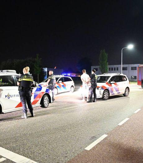 Twee personen aangehouden na achtervolging verdachte auto in Vriezenveen