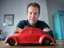 Hitler heeft joodse ontwerper van Volkswagen uit geschiedenis gewist, maar Haagse schrijver zorgt nu voor eerherstel