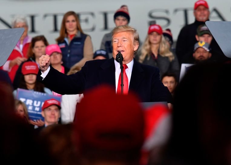 President Donald Trump voert campagne in Huntington, West Virginia. Beeld AFP