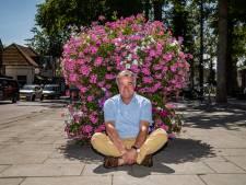 Inwoners Gorssel kleuren eigen dorp met plantenbakken: 'Mooi en we hebben wat te doen'