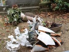 Schooljongen verdacht van vernielingen op begraafplaats