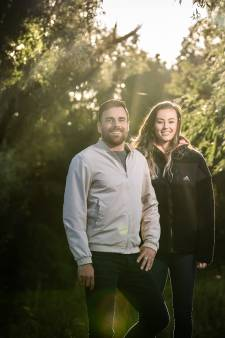 Liefdeskoppel Nadine Visser en Steven Nuytinck: de één wereldtop, de ander kelderklasse