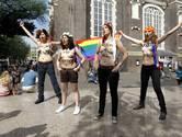Topless protest van Femen bij Homomonument