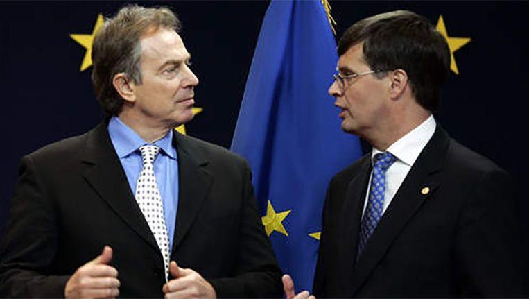 Voormalig Brits premier Tony Blair en voormalig Nederlands premier Jan Peter Balkenende Beeld ANP