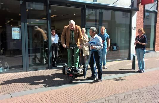 Wethouder opent het Huis van Morgen in Steenbergen.
