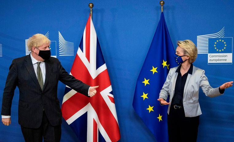 Boris Johnson met voorzitter van de Europese Commissie Ursula von der Leyen. Beeld AFP