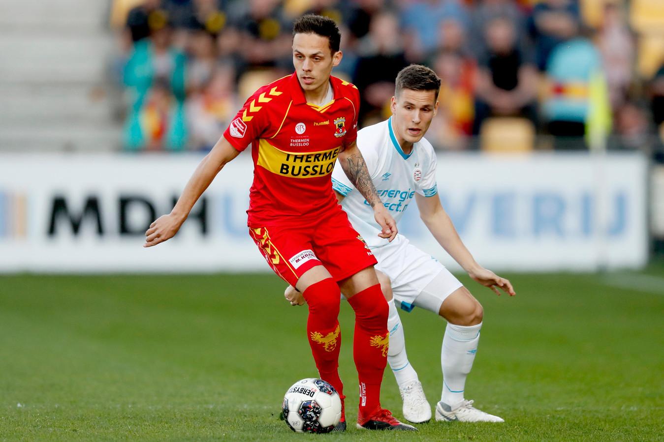 Jaroslav Navratil is een constante plaag voor Jong PSV.