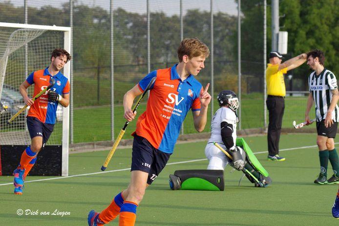 Bart Zwaanswijk, clubtopscorer van hockeyclub Hoeksche Waard.