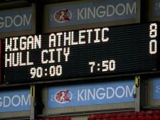 Zo goed als failliet Wigan vernedert Hull en captain Jordy de Wijs: 7-0 bij rust, 8-0 eindstand