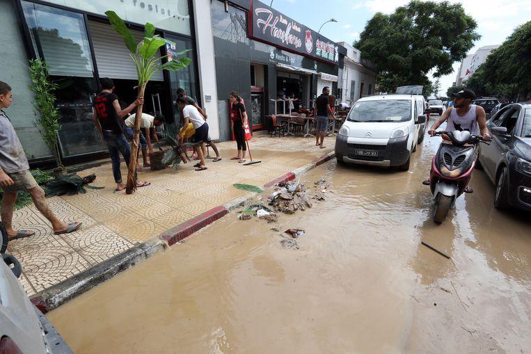 Het rioleringssysteem in Nabeul (Tunesië) was niet opgewassen tegen de overvloedige neerslag.