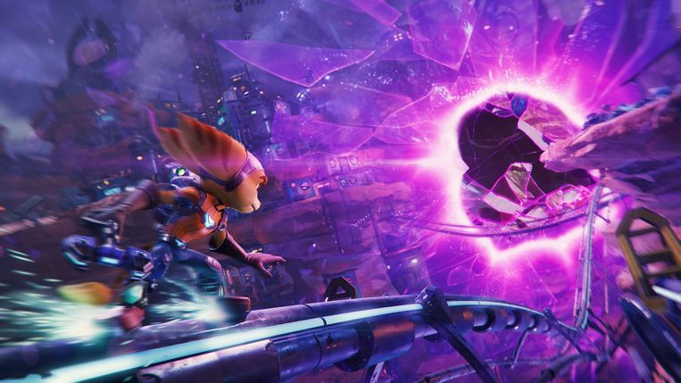 In Rift Apart reizen de helden via wormgaten naar parallelle universums. Beeld Insomniac Games