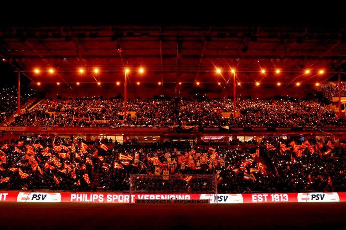 Voorlopig is er geen voetbal in het Philips Stadion.