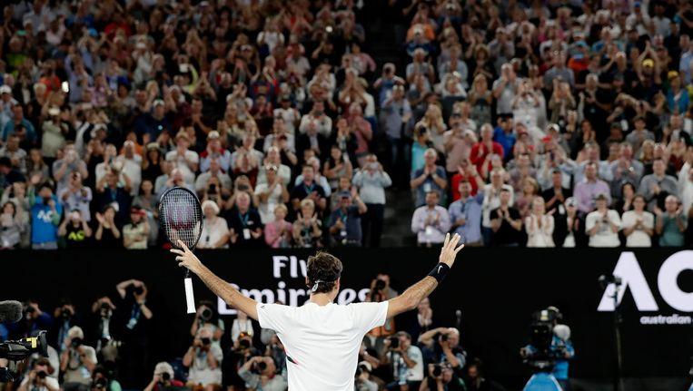 Federer viert zijn overwinning op Berdych. Beeld epa