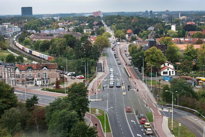 De Graafseweg in Nijmegen staduitwaarts.