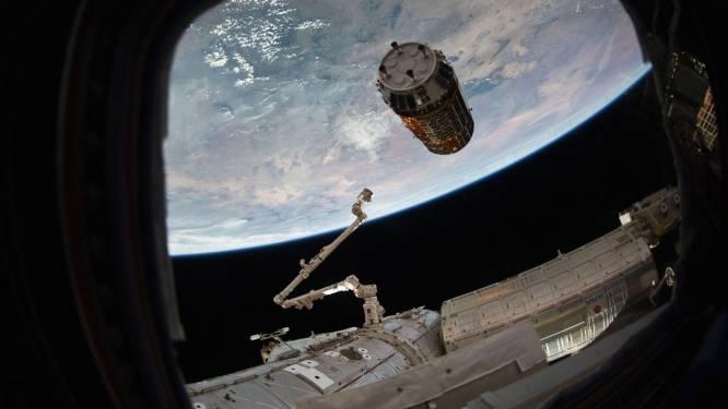 Ingenieuze schoonmaker die ruimteschroot rond onze planeet moet opkuisen in de problemen
