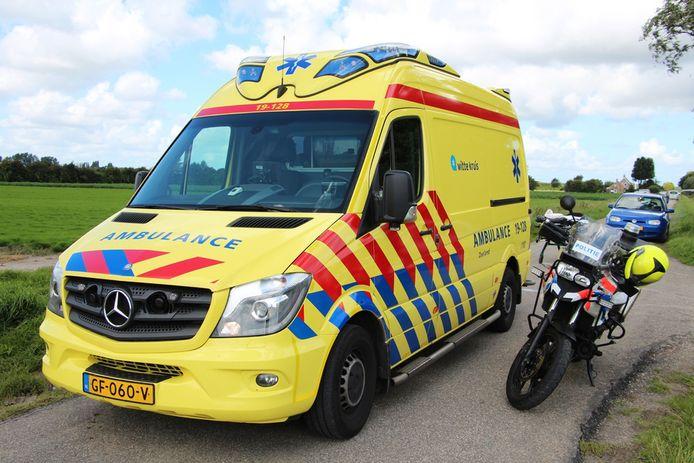 Ambulancepersoneel heeft speciale terreurkits met knelverbanden nodig om hevige bloedingen te behandelen.