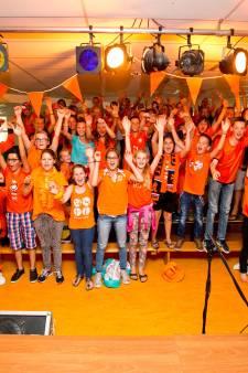 Sportgekte barst los, maar: 'Hopen dat Oranje nog meedoet als de tv-schermen aan mogen'