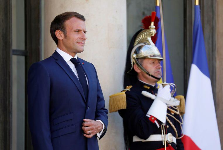 President Emmanuel Macron. 'Hij is verkozen met een belofte van democratische vernieuwing, maar houdt mordicus vast aan het presidentiële systeem', schrijft historicus Frederik Dhondt. Beeld REUTERS