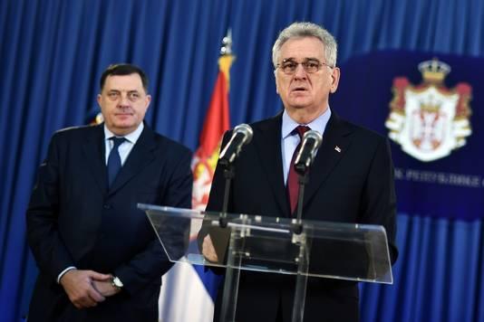 Le président serbe Tomislav Nikolic (à droite, avec le Milorad Dodik, président de la République serbe de Bosnie)