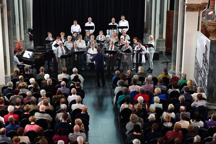 Jubileumconcert Ritmisch-Koor Rhythm4all uit Klundert.