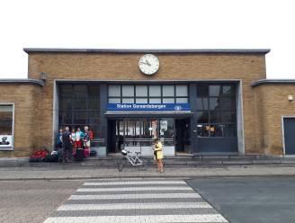 Boekenruilkast in station van Geraardsbergen