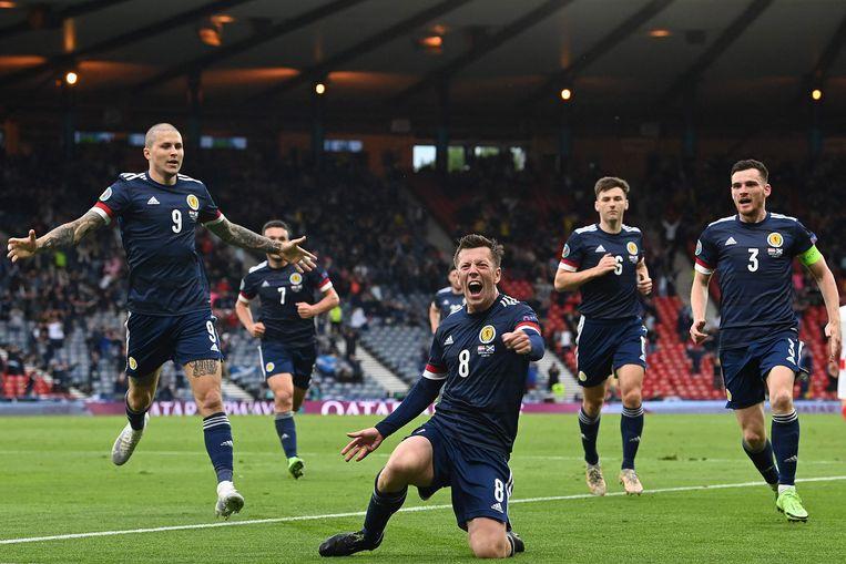 Callum McGregor heeft de Schotten op gelijke hoogte gebracht tegen Kroatië: 1-1. Het was de eerste goal voor de Schotten op een EK of WK sinds 1998. Beeld AFP