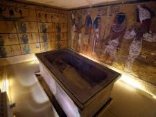 """""""Nous ne savons pas si c'est la tombe de Nefertiti mais elle est remplie de trésors"""""""