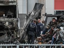 Vrachtwagenbrand waarbij chauffeur zwaargewond raakte blijkt aangestoken