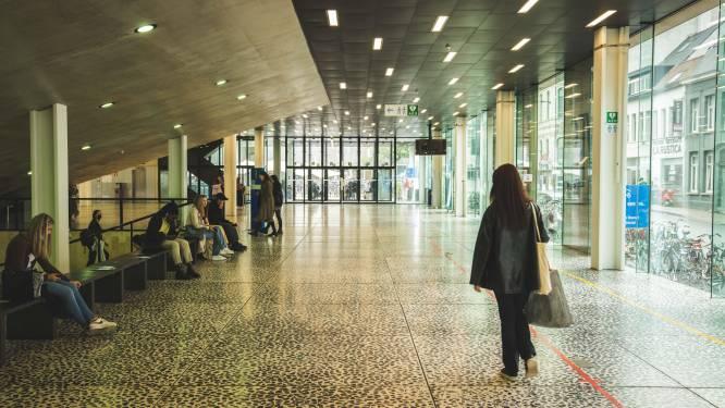 """Universiteit Gent start chatlijn op voor studenten om hun hart te luchten: """"Er is al lang nood aan individuele, gratis hulp"""""""