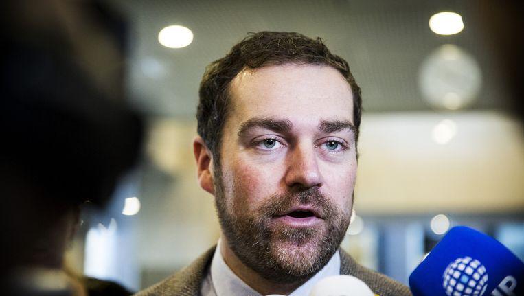 Klaas Dijkhoff reageert op de uitspraak van de Raad van State over het aanbieden van Bed-bad-broodopvang aan een uitgeprocedeerde asielzoeker in november 2015. Beeld anp