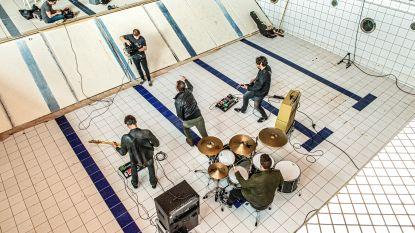 VIDEO. Roeselaarse rockband Sister May neemt videoclip op in leeg Spillebad
