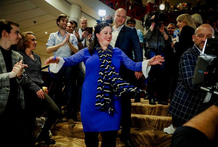 Fractievoorzitter Annabel Nanninga van Forum voor Democratie (FvD) tijdens de uitslagenavond van de Provinciale Statenverkiezingen. Door de grote zege van FvD is zij binnenkort Eerste Kamerlid.  Beeld ANP