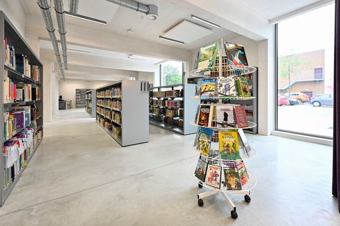 De nieuwe bibliotheek in VTC Kruispunt.