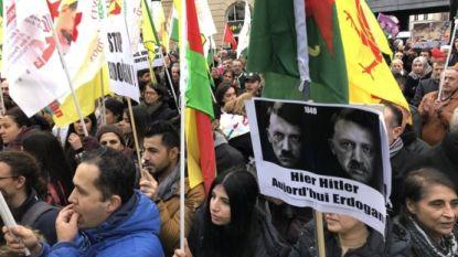 Duizendtal Koerden betoogt tegen president Erdogan aan Brussel-Centraal