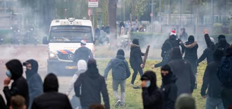 Politie plaatst foto's online van elf verdachten van rellen bij laatste Feyenoordtraining voor Klassieker