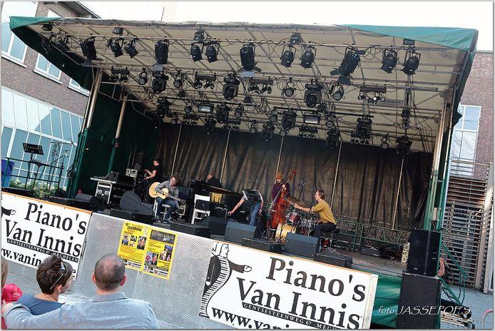 Het podium werd de laatste keer gebruikt tijdens Maanrock, hier tijdens het JazzContest.