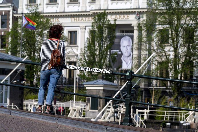 Het publiek kon in theater Carré in Amsterdam afscheid nemen van Peter R. de Vries.