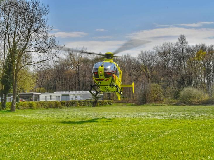 Wielrenner zwaargewond door botsing op verkeersbord in Riethoven