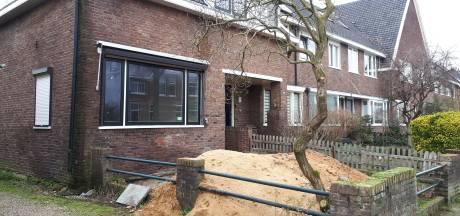 Waarom staat dit hoekhuis in een geliefde wijk - tot ergernis van de buurt - al vijf jaar leeg?